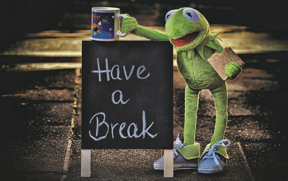 Ready to Take a Break? Check out These Benefits of Outsourcing!